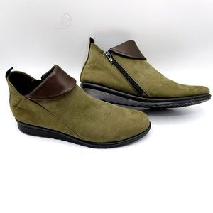 The Flexx Booties Olive Green Suede/Leather SZ 41